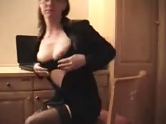 office girl sucking cock