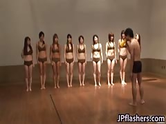 Super hot Japanese girls flashing part5