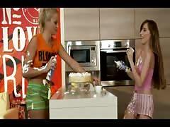 Serbo-Croatian messy lesbian sex