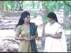 Indian Lesbian enjoying (B-Grade actress Roshini)unseen