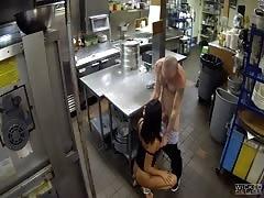Horny worker fucks a glamour Gianna Nicole on the hidden cam