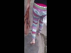 Dolores Arrechinga Tronco de culo Leggins Hippies rosas